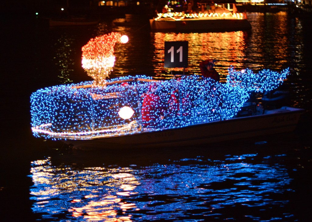 Click photo for winners, pics, and wedding proposal from 2015 NC Holiday Flotilla