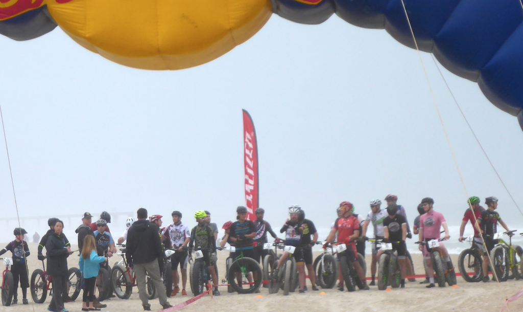 Starting line – 2015 US Open Fat Bike Beach Championship, NCPressRelease