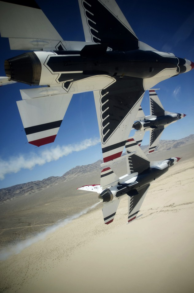 Courtesy USAF Thunderbirds